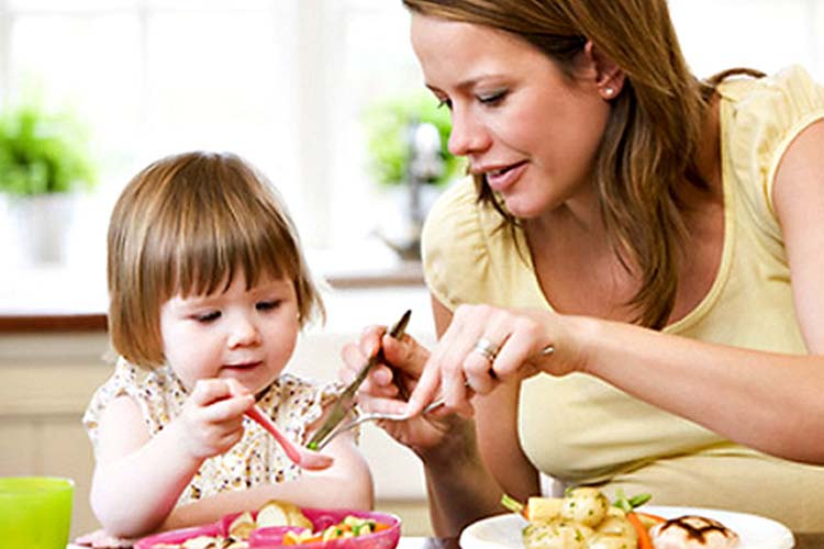 Διατροφή στο σχολείο, κάντε το παιδί σας να τρώει σωστά με θερμός φαγητού