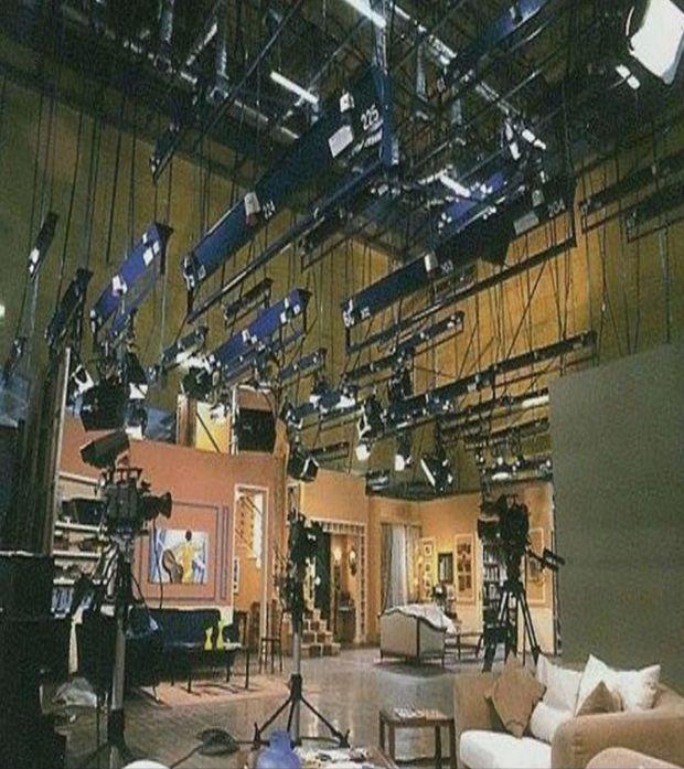 Κων/νου και Ελένης: Δείτε τα studios που γυρίστηκε η σειρά