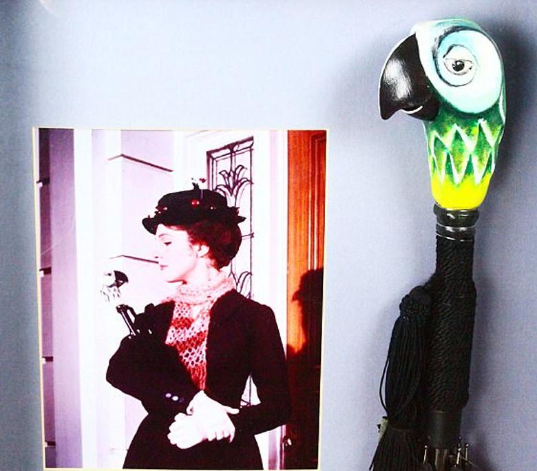 Αποκτήστε το πατρικό του Έλβις, τα φορέματα της Μέριλιν, το καπέλο του Μάικλ Τζάκσον