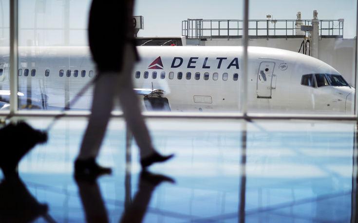 Έκανε στοματικό σεξ σε 28χρονο συνεπιβάτη της εν ώρα πτήσης