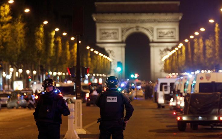 Έπαψε η κατάσταση έκτακτης ανάγκης στη Γαλλία αλλά μπορεί να επανέλθει