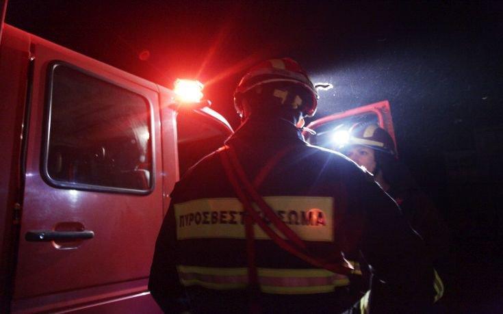 Πυρκαγιά σε διώροφο εγκαταλελειμμένο σπίτι στη Θεσσαλονίκη