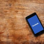 Λογισμικό στο Facebook θα εντοπίζει όσους έχουν τάση αυτοκτονίας