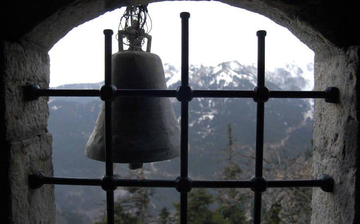 Το μοναστήρι που σμιλεύτηκε στο βράχο