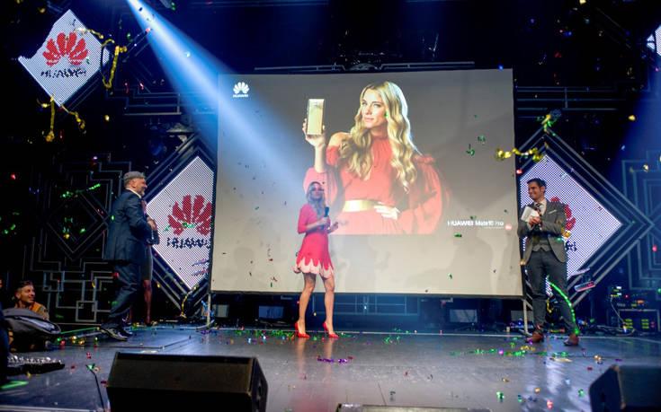 Η εμφάνιση της Δούκισσας Νομικού, brand ambassador της σειράς Mate της Huawei