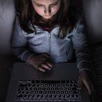 Βορά στους επιτήδειους του ψηφιακού κόσμου τα παιδιά
