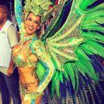 Η Βρετανίδα καλλονή που μαγεύει στο καρναβάλι του Ρίο