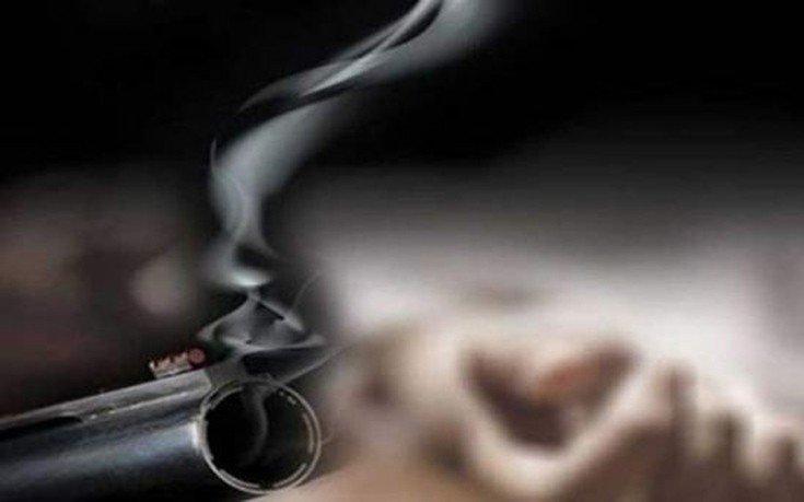 Σε σοβαρή κατάσταση η μητέρα που την πυροβόλησε ο γιος της