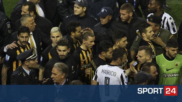 """""""Πάγωσαν"""" οι παίκτες της ΑΕΚ με το περίστροφο"""