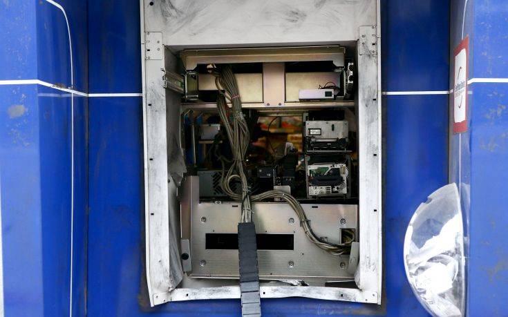 Ο συναγερμός χάλασε τα σχέδια στους βομβιστές των ΑΤΜ στο Δήλεσι