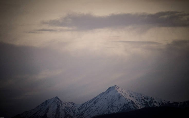 «Κλικ» του χειμώνα στις χιονοσκεπείς βουνοκορφές