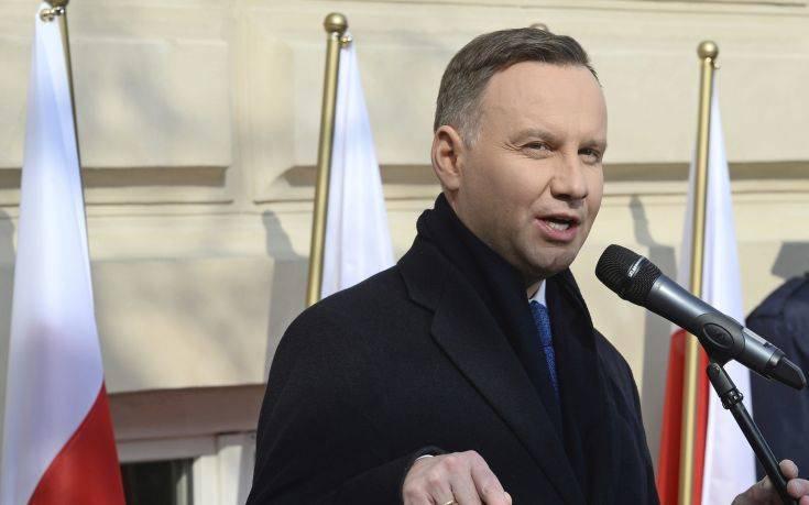 Ο πρόεδρος της Πολωνίας ζήτησε συγγνώμη από τους Εβραίους