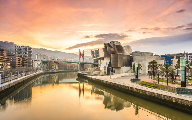 Bilbao_shutterstock_648007627