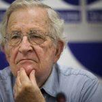 Ο Νόαμ Νόαμ Τσόμσκι έφυγε από το MIT μετά από 60 χρόνια