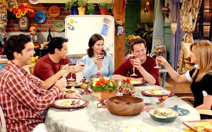 Τα κορίτσια των «Friends» επικοινωνούν τόσα χρόνια μέσω κλειστού γκρουπ!