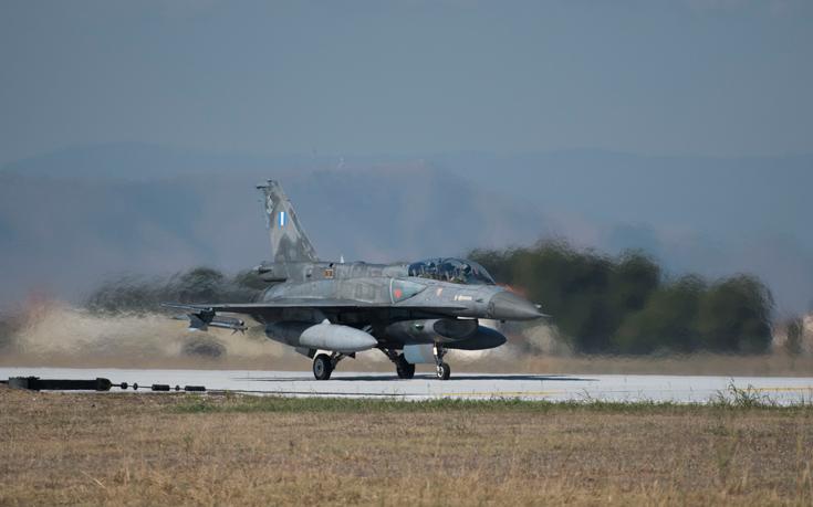 Σε εξέλιξη διαπραγματεύσεις Ελλάδας-ΗΠΑ για τον εκσυγχρονισμό των F-16