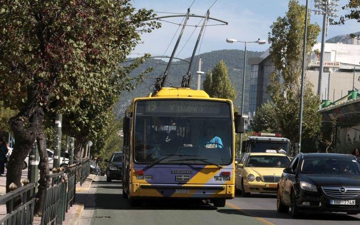 Αλλαγές στα δρομολόγια λεωφορείων και τρόλεϊ στην Αθήνα λόγω αγώνα δρόμου