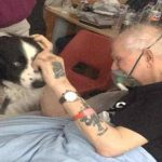 Η συγκινητική στιγμή που ηλικιωμένος αποχαιρετά τον σκύλο του