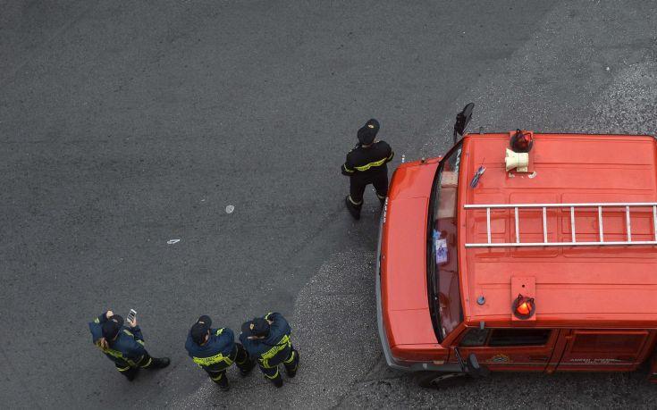 Στο νοσοκομείο με εγκαύματα δύο άτομα μετά από φωτιά από φιάλη υγραερίου