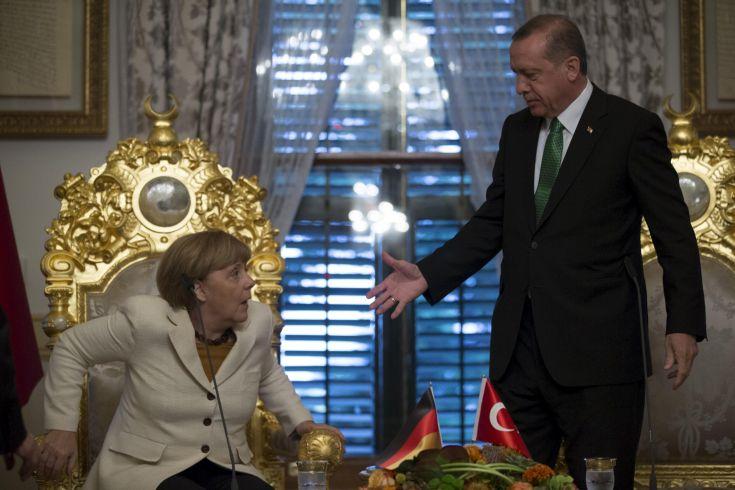 Ανοιχτό το ενδεχόμενο συνάντησης Μέρκελ- Ερντογάν μετά τις εκλογές