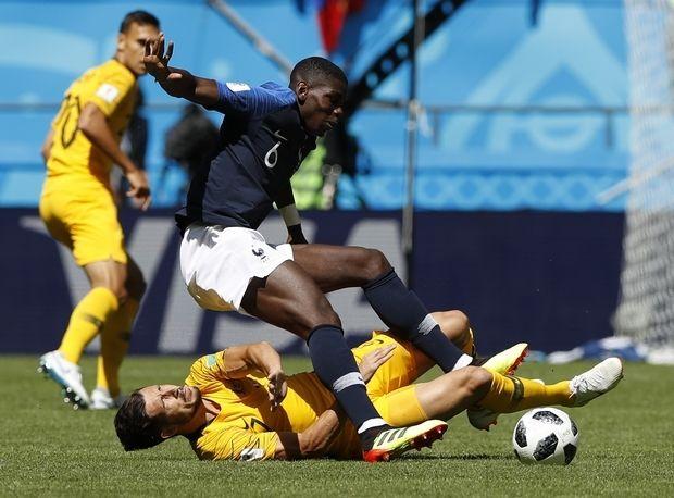 Με VAR και τύχη η Γαλλία, 2-1 την Αυστραλία