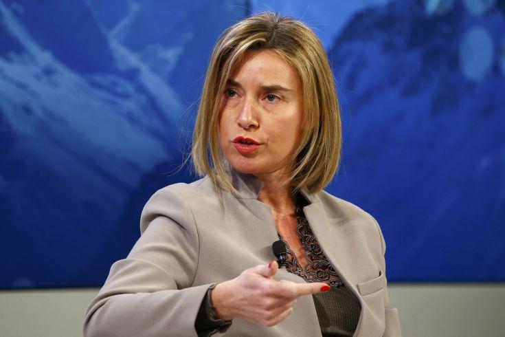 Συναντήσεις Μογκερίνι στην Τρίπολη για τη συνεργασία Ε.Ε. με Λιβύη