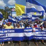 Στους δρόμους χιλιάδες πολίτες της Νικαράγουα, ζητώντας «να ζουν ελεύθερα»