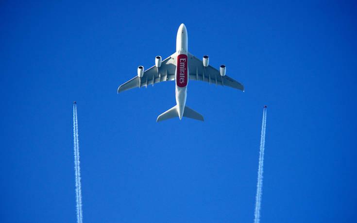 emirates EK A380 1