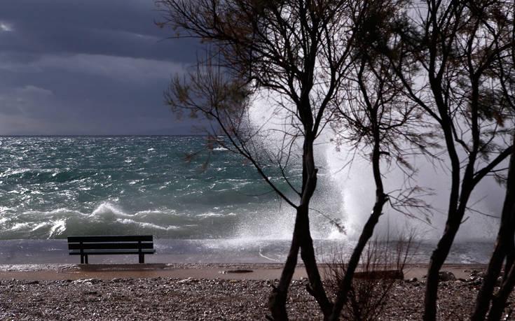 Έκτακτο δελτίο για θυελλώδεις ανέμους εξέδωσε η ΕΜΥ