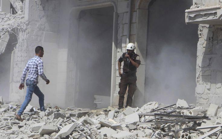«Αμερικανικά αεροσκάφη έριξαν βόμβες λευκού φωσφόρου στη συριακή επαρχία Ντέιρ ελ-Ζορ»