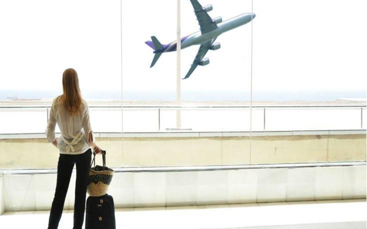 Γυναίκα μόνη ψάχνει… ταξιδεύοντας