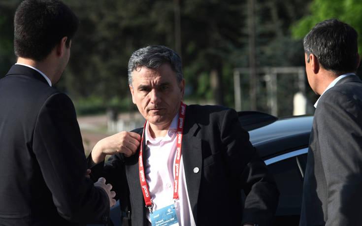 Προσχέδιο προϋπολογισμού με δύο σενάρια έστειλε η Αθήνα στην Κομισιόν