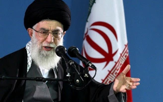 «Όπλο των εχθρών μας» λέει ο Αγιατολάχ Αλί Χαμενεϊ για τα μέσα κοινωνικής δικτύωσης
