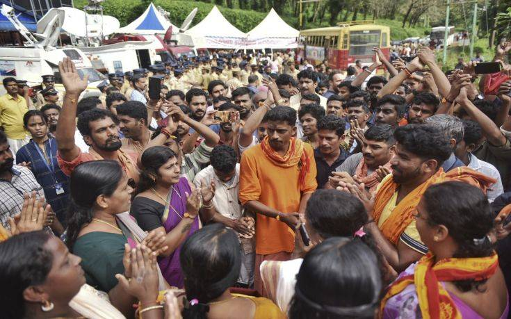 Ξέσπασμα οργής στην Ινδία για το ενδεχόμενο να μπουν γυναίκες σε ινδουιστικό ναό