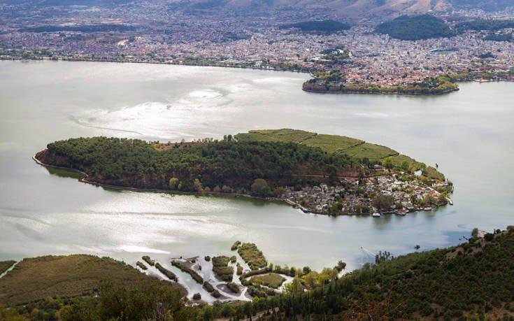 Αποδράστε την 28η Οκτωβρίου σε ένα από τους πιο όμορφους ελληνικούς προορισμούς
