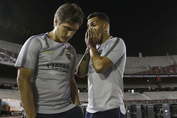 Tο ξέσπασμα του Τέβες για την CONMEBOL και την εύνοια στην Ρίβερ Πλέιτ!