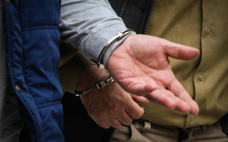 Σύλληψη τριών ατόμων για κατοχή και διακίνηση ναρκωτικών στο Ηράκλειο