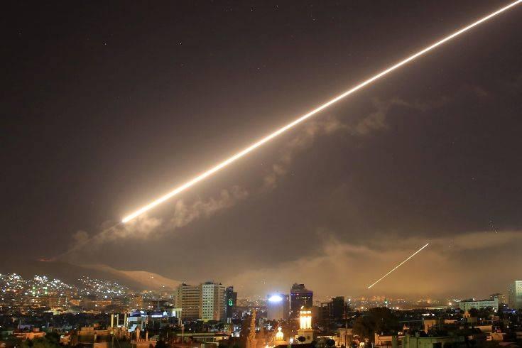 Η συριακή αεράμυνα αναχαίτισε «εχθρικούς στόχους» κοντά στη Δαμασκό