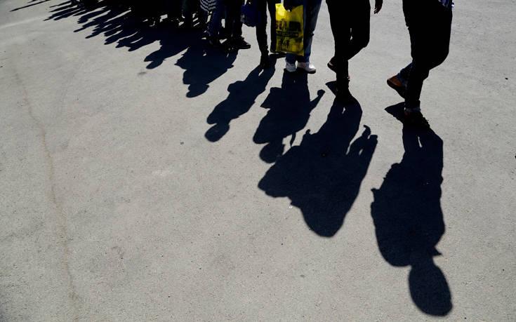 «Αντάρτικο» από Νάπολη και Παλέρμο για το νέο μεταναστευτικό νόμο της κυβέρνησης