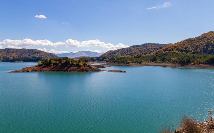 Ένα από τα πιο μαγευτικά ποτάμια με τα υπέροχα τοπία