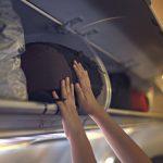 Οι οκτώ χειρότερες κατηγορίες επιβατών να καθίσεις δίπλα τους στο αεροπλάνο