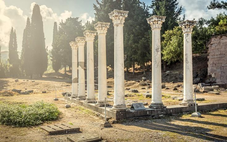 «Ελληνογερμανικό» μνημόνιο συνεργασίας στη μεγαλύτερη έκθεση τουρισμού στον κόσμο