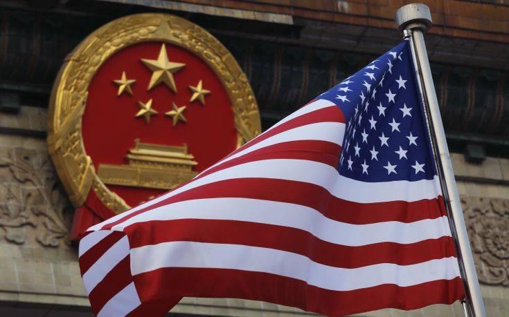 Σε αντεπίθεση περνά η Κίνα στον εμπορικό πόλεμο με τις ΗΠΑ