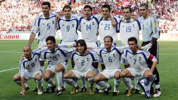 Euro 2004: Οι 15 TOP φωτογραφίες από τον τελικό Ελλάδα – Πορτογαλία