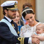 Ο βασιλιάς της Σουηδίας αφαίρεσε τον τίτλο από 5 εγγόνια του