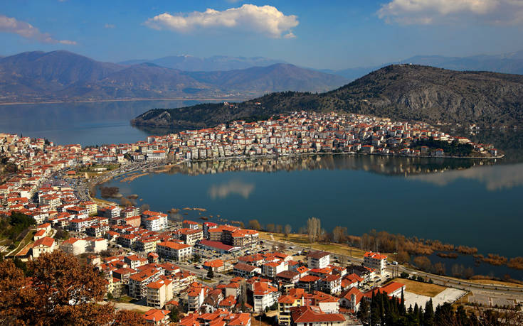 Η λίμνη Ορεστιάδα με τη μοναδική ομορφιά της