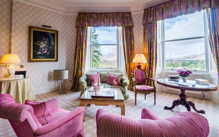 Το παραμυθένιο κάστρο της Σκοτίας που μεταμορφώθηκε σε πεντάστερο ξενοδοχείο