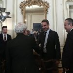 Η μεταφορά είσπραξης του ΕΝΦΙΑ στους δήμους στη συνάντηση Μητσοτάκη – ΚΕΔΕ