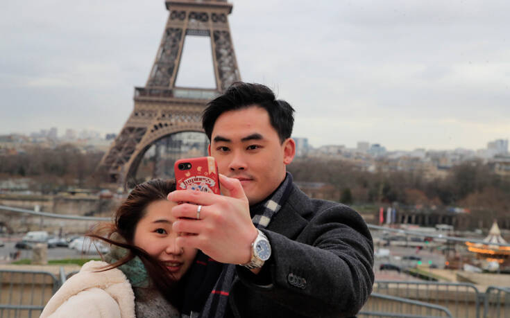 Ο κορονοϊός απειλεί τον τουρισμό με απώλειες 22 δισ. δολαρίων