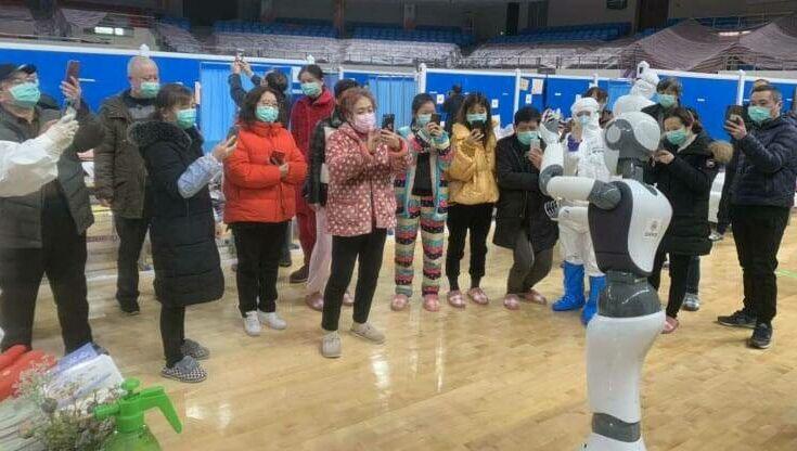 Ολόκληρη πτέρυγα νοσοκομείου στην Κίνα στελεχώνεται με ρομπότ
